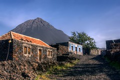 Cha das Caldeiras (pbr42) Tags: houses architecture volcano village volcanic fogo hdr capeverde qtpfsgui