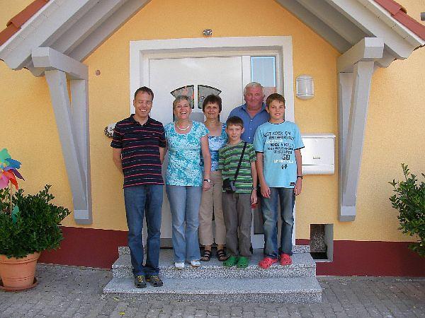 Familie Selz mit Gästen