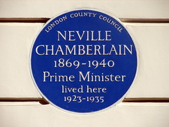 Photo of Neville Chamberlain blue plaque
