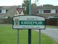 0280 Kirriemuir Burgh Sign (chainwheel52) Tags: scotland angus kirriemuir