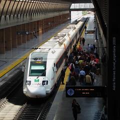 """R-598"" a Santa justa (tunel_argentera) Tags: train tren sevilla spain media railway zug seville malaga regional distancia ferrocarril renfe adif 598"
