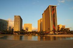 Hilton Hawaiian Village (danrsnyder) Tags: usa beach eos hawaii waikiki oahu hilton lagoon resort honolulu hiltonhawaiianvillage rainbowtower dansnyder canon60d danrsnyder