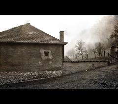 (Balázs Papdi) Tags: winter house mountains window monochrome weather fog sepia hungary village smoke bükk udvar magyarország köd ház falu ablak tél hegység füst időjárás répáshuta szépia bükkhegység monokróm bükkmountains répášskahuta