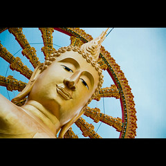 """""""Peace comes from within. Do not seek it without."""" Budha (masroor saleem) Tags: portrait sky canon thailand peace religion kohsamui 7d budha 2011 lightroom3 masroorhamid"""