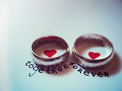 {10/366} together forever. (Cristiane Tsuchida) Tags: light love luz hearts couple heart amor coraes rings corao casal alianas togetherforever
