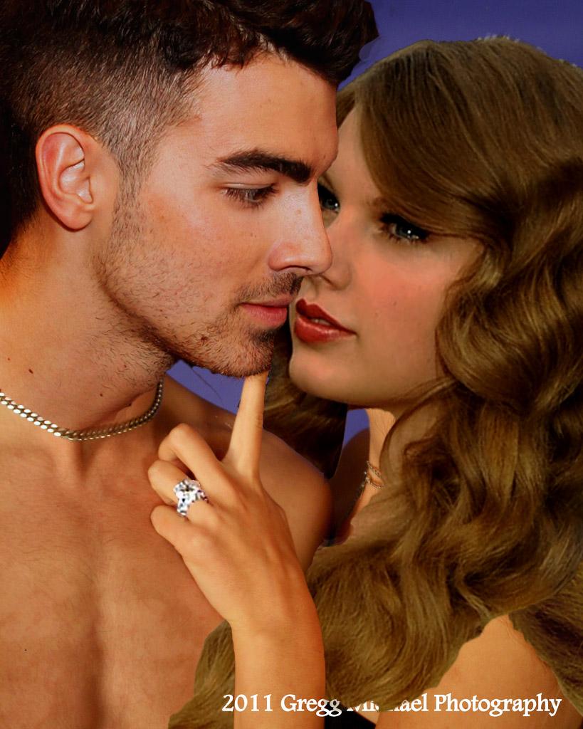 Taylor Kiss Nude Photos 18