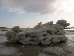 Februari 2012 087 (natuurlijkestilte) Tags: strand wolken zee ameland lucht duinen
