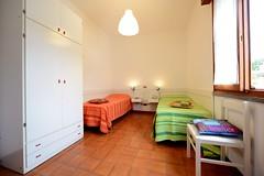 Camera doppia (Appartamenti Antonelli Cervia) Tags: appartamenti antonelli cervia camera letto doppia