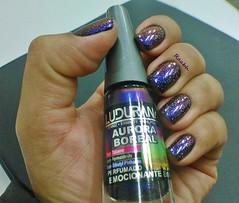 Emocionante - Ludurana + Fairy Dust - China Glaze (Raabh Aquino) Tags: glitter purple nails nailpolish unhas roxo holographic esmaltes multichrome hologrfico holosexual
