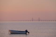 Sunset by the Coast (Infomastern) Tags: bridge sunset sea sky water boat himmel bro vatten bt hav hllviken solnedgng fiskehoddorna