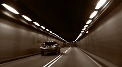 Tunnelblick (Mein Ruhrgebiet) Tags: holland amsterdam licht tunnel klm audi schiphol ams blick niederlande eham tunnelblick