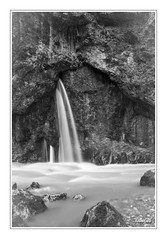 Through the rock B&W (iandub74) Tags: bw white black alps nature alpes river pose waterfall nikon long exposure noir rivire nb filter savoie lente cascade blanc source torrent haute d90 caille cruseilles bornes nd4 usses allonzier iandub iandub74