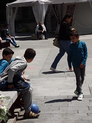 Parvis de la basilique Saint Denis (vincentello) Tags: boys children enfants parvis basilique saintdenis garons