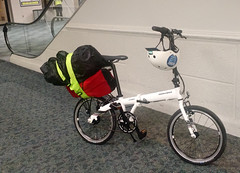 Fort Lauderdale Airport (batschmidt) Tags: foldingbike batschmidt ternbicycle bikethekeys
