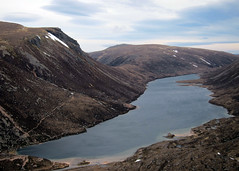 Loch A'an (Riverman___) Tags: winter cloud mountain snow ice rock canon landscape outdoors scotland ben hiking an climbing backpacking mountaineering loch aviemore corrie aan s90 cairngorms lochain fuar macdui tholl