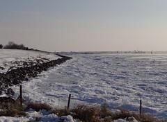 Staveren (hoekiepoekie) Tags: wintertime ijsselmeerkust