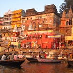 "Sunrise Boat Ride on the Ganges <a style=""margin-left:10px; font-size:0.8em;"" href=""http://www.flickr.com/photos/14315427@N00/6880329267/"" target=""_blank"">@flickr</a>"