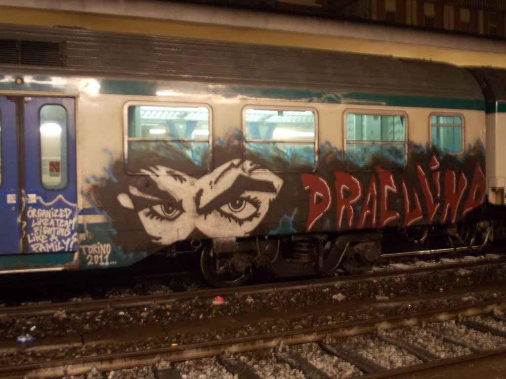 Immagine 712 en ri tags train writing torino graffiti 2011 diabolik draculino