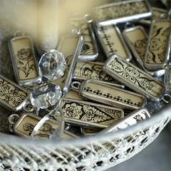 Express Yourself Collection (Alicja Radej Arte Ego) Tags: glass handmade oneofakind jewelry jewelery retrocharm