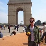 "India Gate with Bhel Puri <a style=""margin-left:10px; font-size:0.8em;"" href=""http://www.flickr.com/photos/14315427@N00/6922883175/"" target=""_blank"">@flickr</a>"