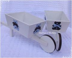 Carro de Mo em MDF Decorado com Ursinhos Marrom e Azul - Cludia (Marias e Mimos) Tags: flordetecido ursosdetecido ursinhomarromeazul decoraomarromeazul lembrancinhamarromeazul tricicloemmdf carrodemoemmdf