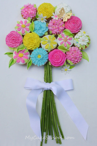 Pretty Bouquet of Cupcakes
