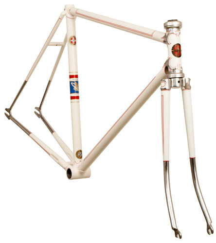 <p>Front View - Waterford restoration of a late 1950's Schwinn Paramount with Chrome Nervex Series Legere lugs.   62914</p>