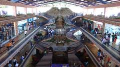 C.C. La Cascada (Nelson Suniaga) Tags: mall arquitectura arboles venezuela miranda centrocomercial panamericana lacascada carrizal