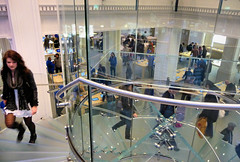 2012 Apple Store Amsterdam (fotoren) Tags: apple amsterdam applestore