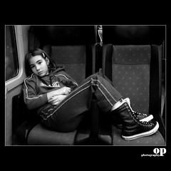 young girl (Osvaldo_Zoom) Tags: train canon g7