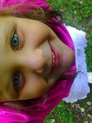 Brenda (carolinacenóz) Tags: park argentina girl fun happy eyes buenosaires kodak young easyshare c813 kodakeasysharec813
