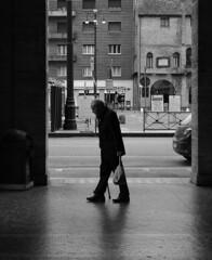 rassegnazione (r_evolution63) Tags: street city blackandwhite bw italy man monochrome grey monocromo blackwhite europa europe strada italia grigio place sony streetlife bn uomo aged piazza bianconero biancoenero citt padova vecchio padua resignation veneto dscw7 rassegnazione piazzainsurrezione provinciadipadova