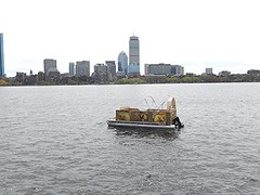 Beaver pontoon (hansntareen) Tags: cambridge boston mit beaver pontoon rivercrossing rivercharles 2016