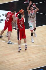 IMG_6175 (seba82) Tags: canon basket pallacanestro olimpiamilano grissinbon pallacanestroreggiana eos5dmkii seba82 sebastanosalati sebastianosalatigmailcom wwwsebastianosalatiit emporioarmanai