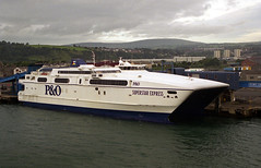 P&O Irish Sea: SUPERSTAR EXPRESS Port of Larne (emdjt42) Tags: ferry po poirishsea portoflarne superstarexpress