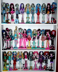 My Monster High Doll Collection (BarbWireBlonde2) Tags: blue beach girl monster out de skeleton island skull dawn dance spring high doll dolls classroom sweet spirit vampire cam fear barbie frankie nile 1600 collection gloom create cupid schools spectra cleo shores stein leading mattel basic ghoul operetta lagoona a yelps ghoulia draculaura vondergeist