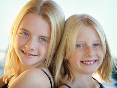 Y sisters (scoopsafav) Tags: family girls portrait color love girl beauty face kids sisters portraits children kid eyes child close sister naturallight teen tween familyphotography leighduenasphotography