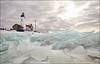 Kruiend ijs bij Urk ... (Alex Verweij) Tags: winter 6 cold water canon 7d polder vuurtoren flevoland urk ijs koud accumulate schotsen ijsschotsen kruiendijs alexverweij aangroeien 11012012 11febr12 11febr2012 ophopen poolvlakte