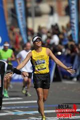 2012 Barcelona Marathon Mar 25th (La Bolsa del Corredor) Tags: barcelona sport del la spain marathon run deporte resistencia bolsa athlete sporting endurance corredor 2012 correr deportivo marat maratn atletas maratn marat