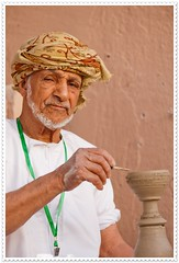 muscat005Nakhal (Mr Abri) Tags: silver antiques bracelets ear rings anklets pendants nizwa muttrah muscat jewellery oman women platinumphoto abigfave blueribbonwinner supershot bej           anawesomeshot omania abdullah alabri