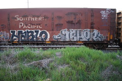 (huntingtherare) Tags: car train bench graffiti flat freight abhor southernpacific woodchip hablo benching