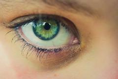(emiliokuffer) Tags: macro verde green eye colors look ojo colours colores mirada