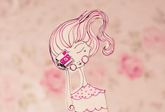 Beea, drawing  (Natlia Viana) Tags: pink cute love girl illustration photography sweet drawing letter desenho natliaviana