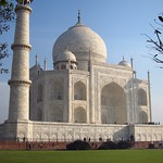 "Taj Mahal <a style=""margin-left:10px; font-size:0.8em;"" href=""http://www.flickr.com/photos/14315427@N00/6924655117/"" target=""_blank"">@flickr</a>"