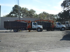 City of Lakeland Public Works (West Florida Fire Photography) Tags: trash truck garbage control knuckle shell clam boom collection international claw rubbish dual waste refuse industries sanitation grapple ih petersen ihc tl3 departmentofpublicworks durastar cityoflakeland