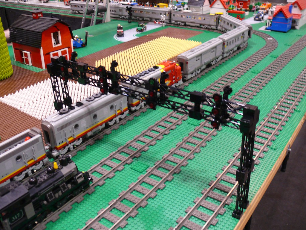 The World's Best Photos of moc and trackside - Flickr Hive Mind