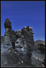 Oportunidad perdida - Rocas de Picn (raktargy) Tags: longexposure night volcano lava noche nikon rocks lanzarote rocas volcn largaexposicin teseguite d300s rocasdepicn