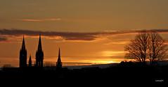 st anne 2 (lorss29 (pause )) Tags: bretagne cathédrale finistère couchersdesoleil clochers pennarbed stpoldeléon leléon lorss29