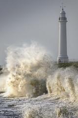 Cliffe Park, Seaburn (DM Allan) Tags: lighthouse water coast waves stormy hightide sunderland seaburn wearside cliffepark
