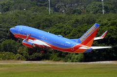 Southwest - N208WN - B737-7H4 (Charlie Carroll) Tags: tampa florida tampainternationalairport ktpa